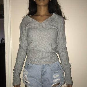 Sweaters - v neck sweater
